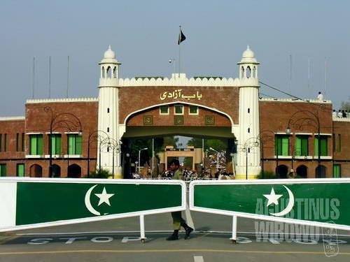 Gerbang Kemerdekaan, pintu gerbang Pakistan (AGUSTINUS WIBOWO)