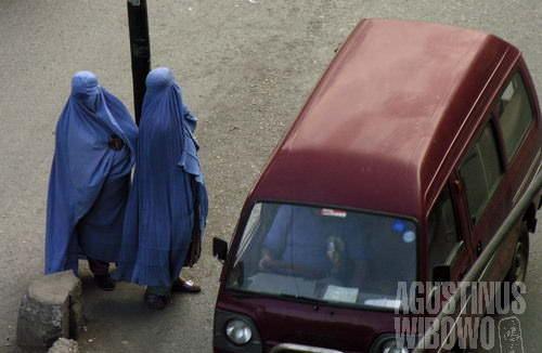 Perempuan Afghan di persimpangan