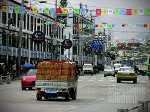 Mendung tebal di Lhasa. (AGUSTINUS WIBOWO)